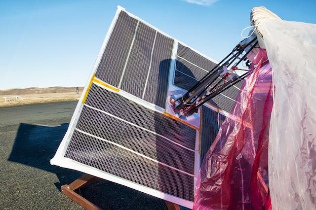 Panneau solaire d'un ballon Google Loon
