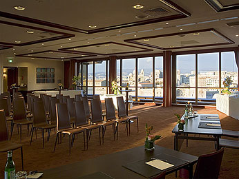 Formation Ranking Metrics avec vue sur le port de Marseille